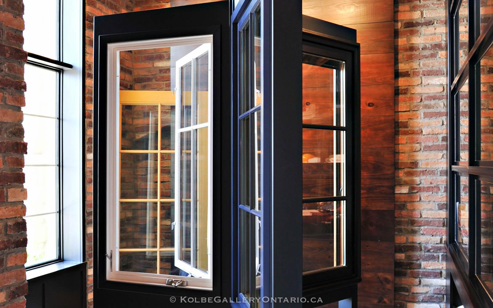 KolbeGalleryOntario.ca-windows-and-doors-Oakville-showroom-20120510-102439