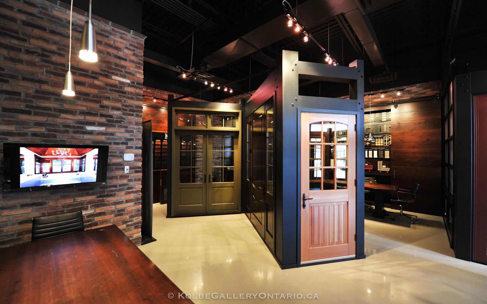 KolbeGalleryOntario.ca-windows-and-doors-Oakville-showroom-20120510-102614