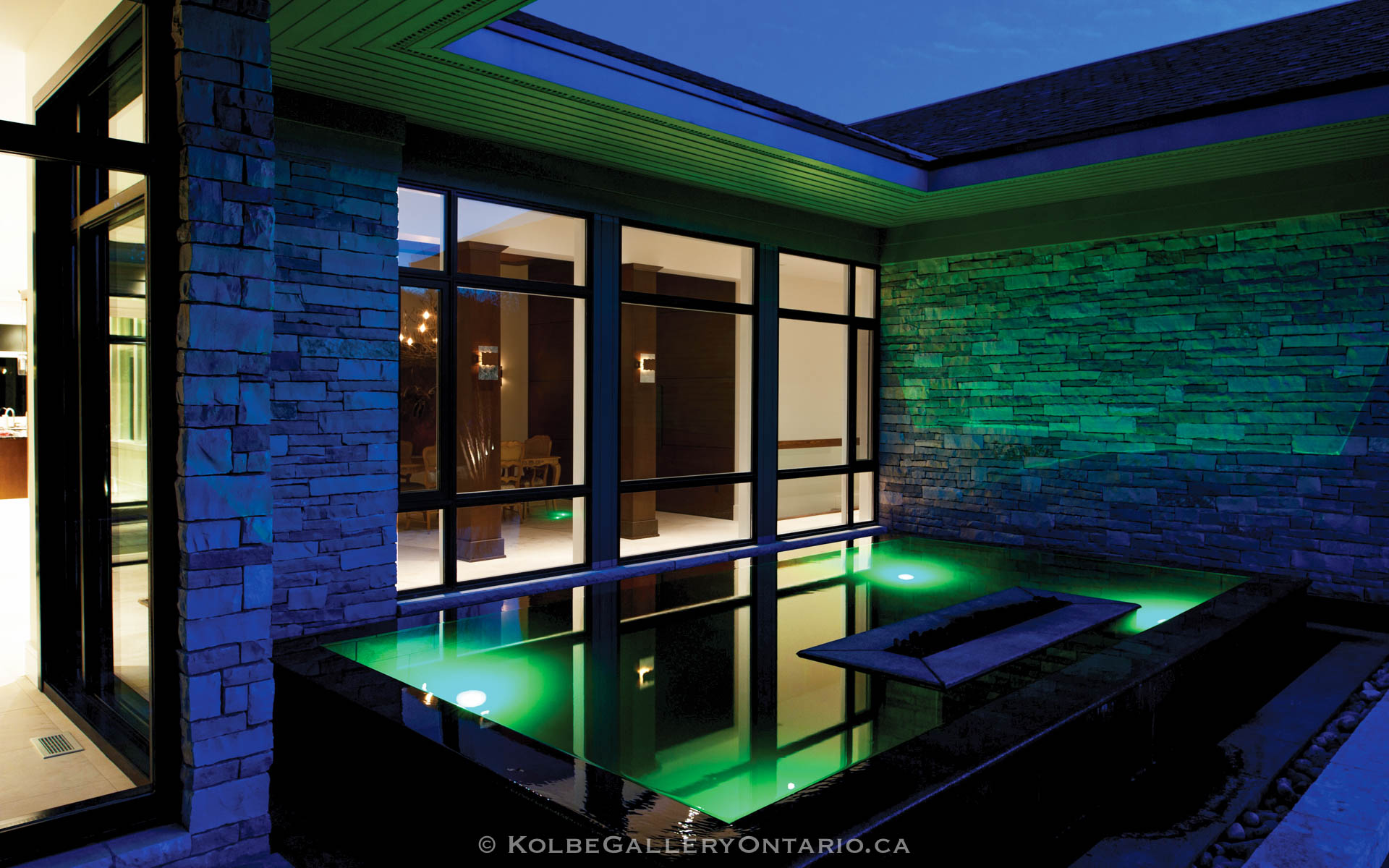 KolbeGalleryOntario.ca-windows-and-doors-backgrounds-20110602-212749
