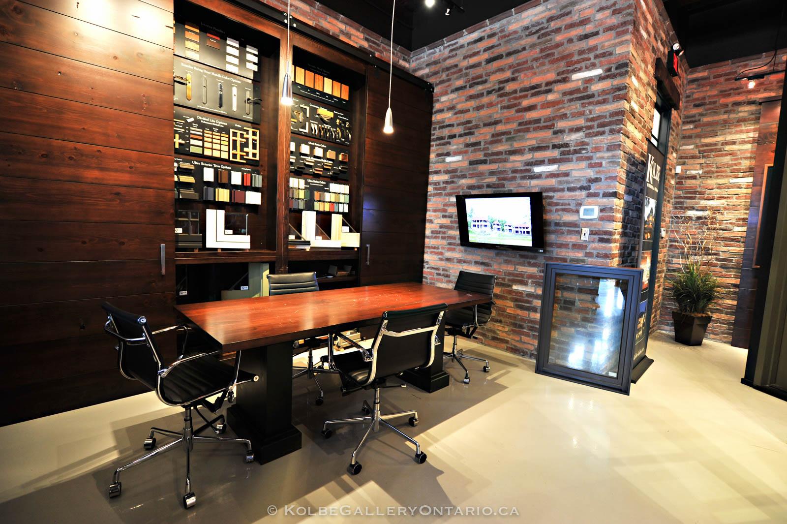 KolbeGalleryOntario.ca-windows-and-doors-Oakville-showroom-20120510-095522